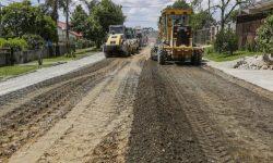 Moradora de Melissa reclama de asfalto que não chega em final de rua