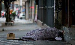 Secretario de Assistência Social faz orientação para quem avistar pessoa em situação de vulnerabilidade na rua