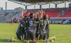 Inscrições abertas para a Escolinha de Futebol do FC Cascavel no Bairro Riviera