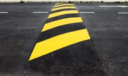 Moradores do Alto Alegre pedem redutor de velocidade