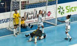 O Stein Cascavel Futsal vence o Maringá pelo paranaense.