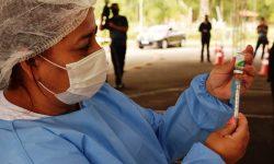 Paraná mantém vacinação contra gripe a toda população