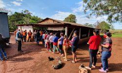 Cestas básicas são entregues à famílias do Assentamento 1º de Agosto