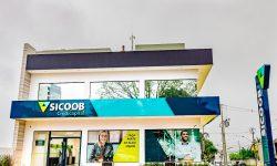 Com localização privilegiada, Sicoob Credicapital reinaugura agência em Cascavel
